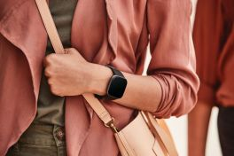 Fitbit Versa 2 40mm Smartwatch
